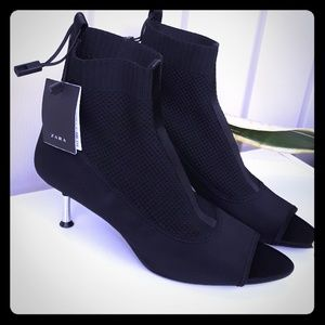 Zara open toes boots 10 NWT